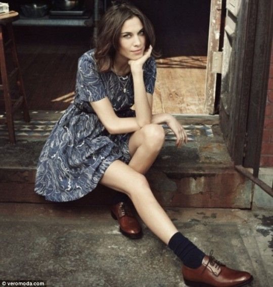what-lizzy-loves-how-to-style-brogues-dress-alexa-chung