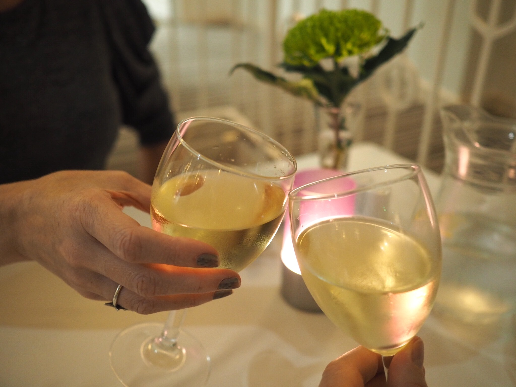 What-LizzyLoves-Bank-House-Hotel-spa-review-Worcester-dinner-wine