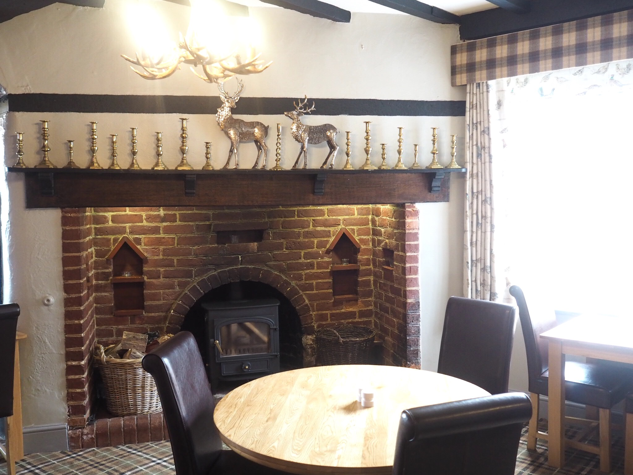 What-LizzyLoves-Bank-House-Hotel-spa-review-Worcester-bar