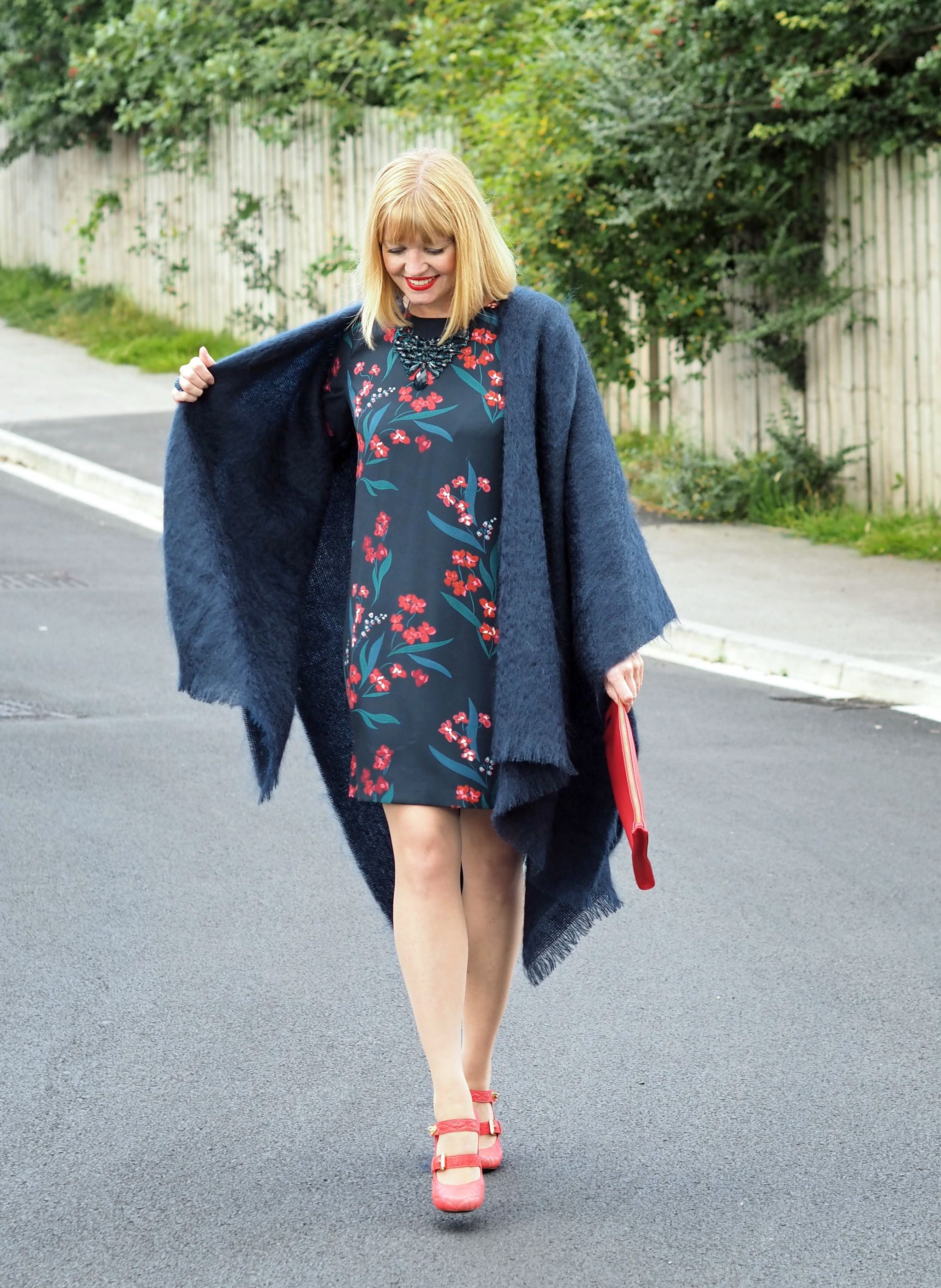 what-lizzy-loves-desk-dinner-dress-hobbs-mulberry-shoes-navy-mohair-serape
