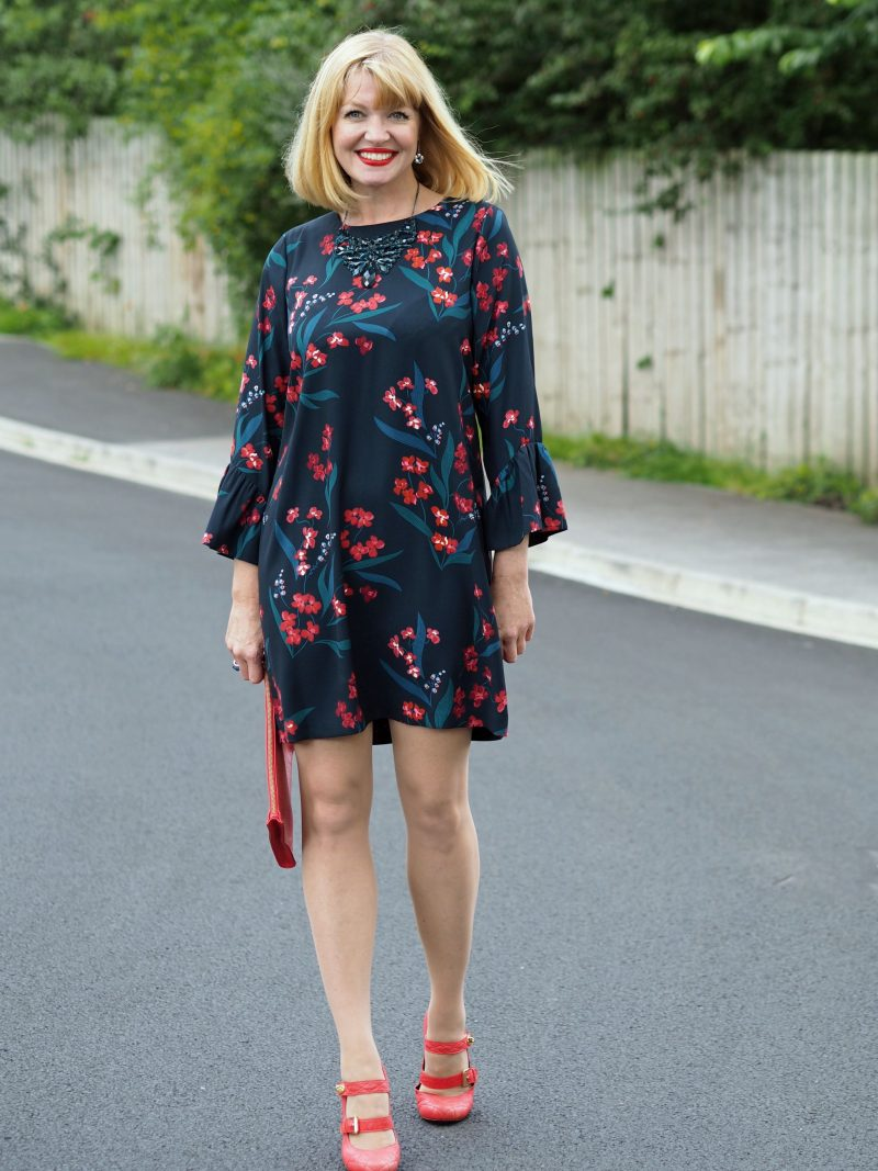 what-lizzy-loves-hobbs-desk-to-dinner-floral-dress-orange-shoes