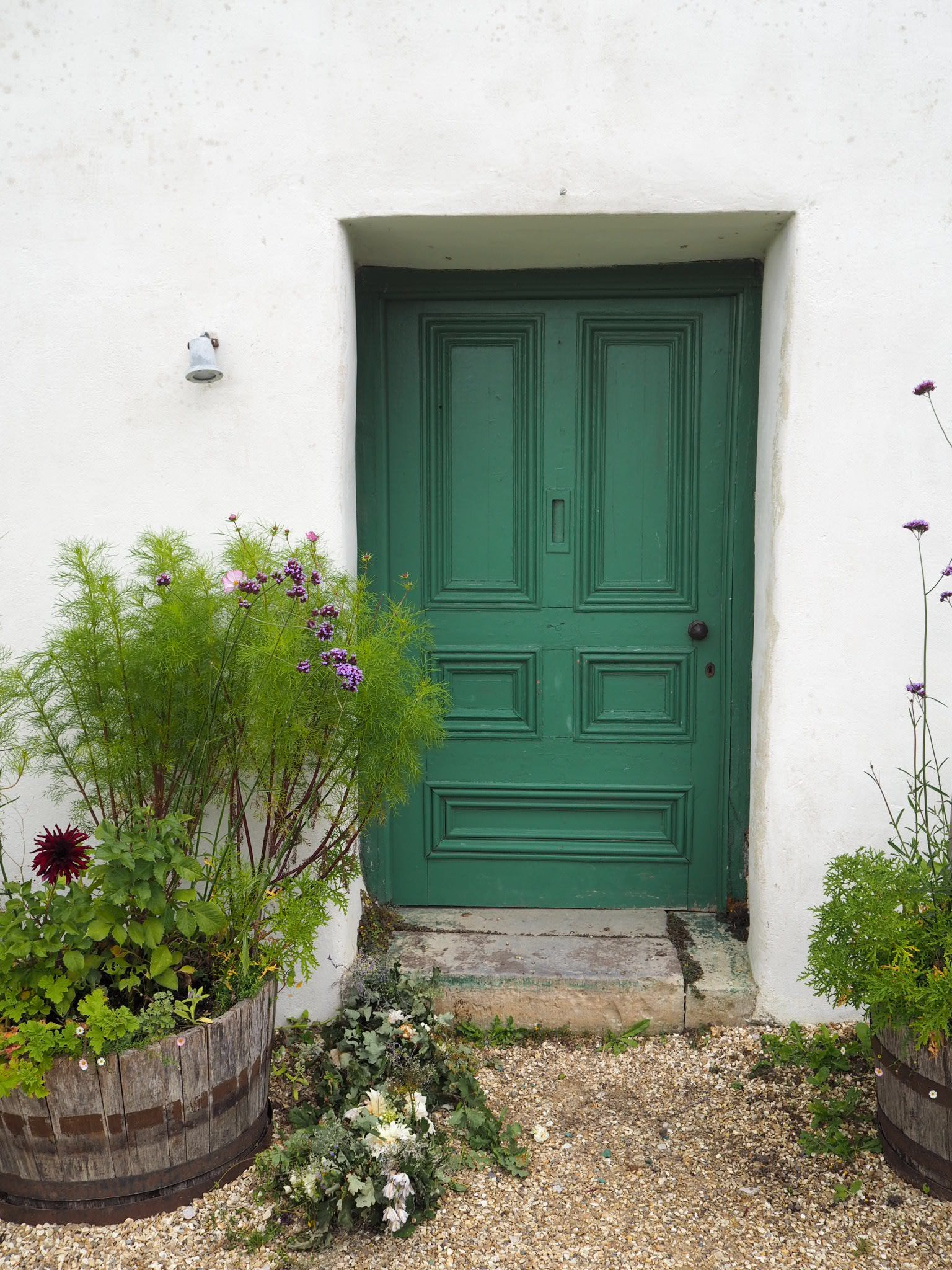 what-Lizzy-Loves-River-Cottage-door