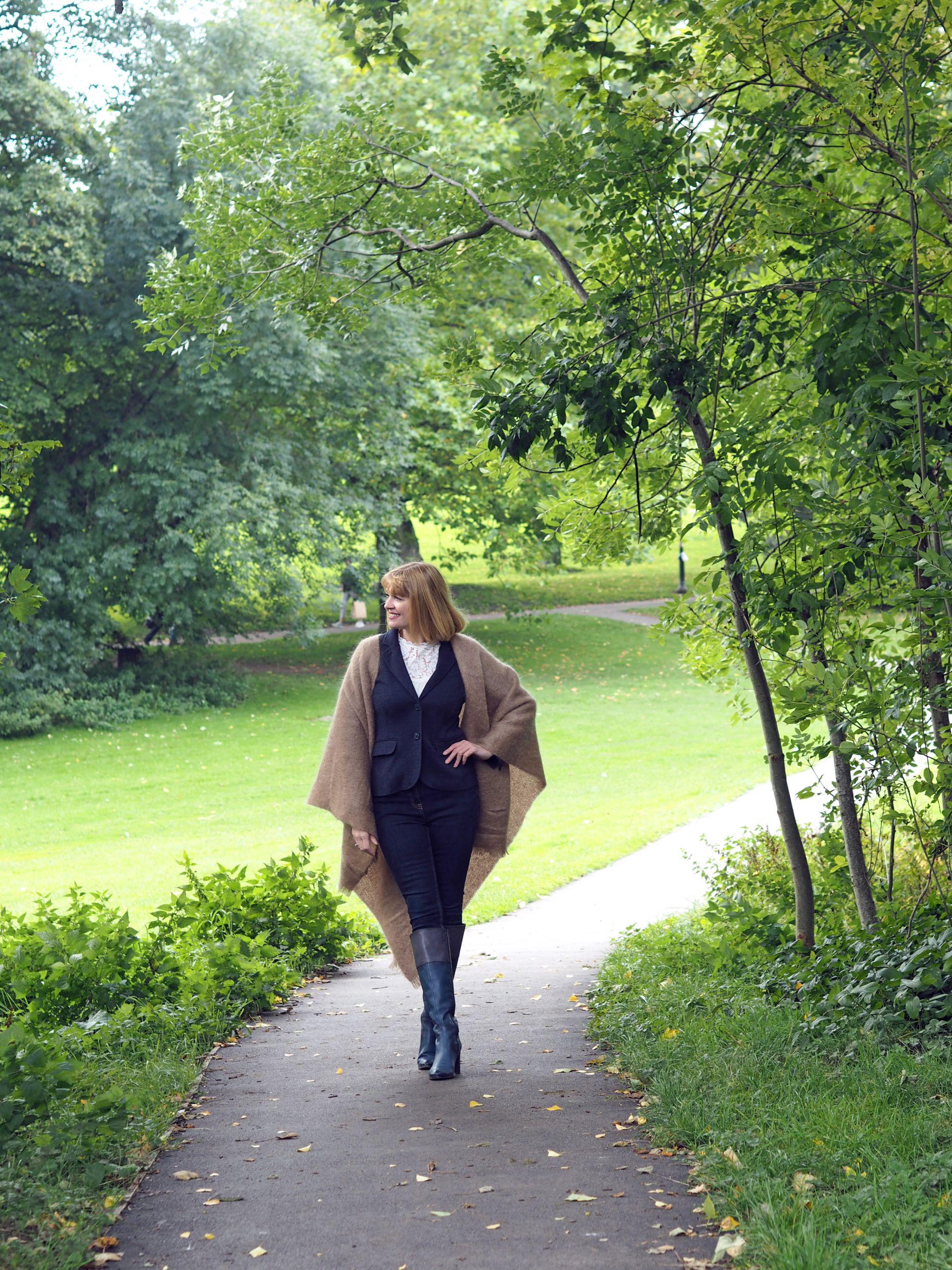 what lizzy loves style mohair serape samel tweed fabrics