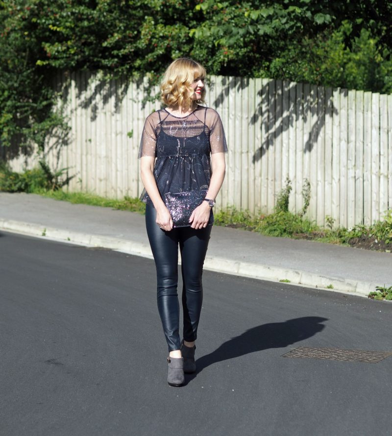 what-lizzy-loves-navy-coated-skinnies