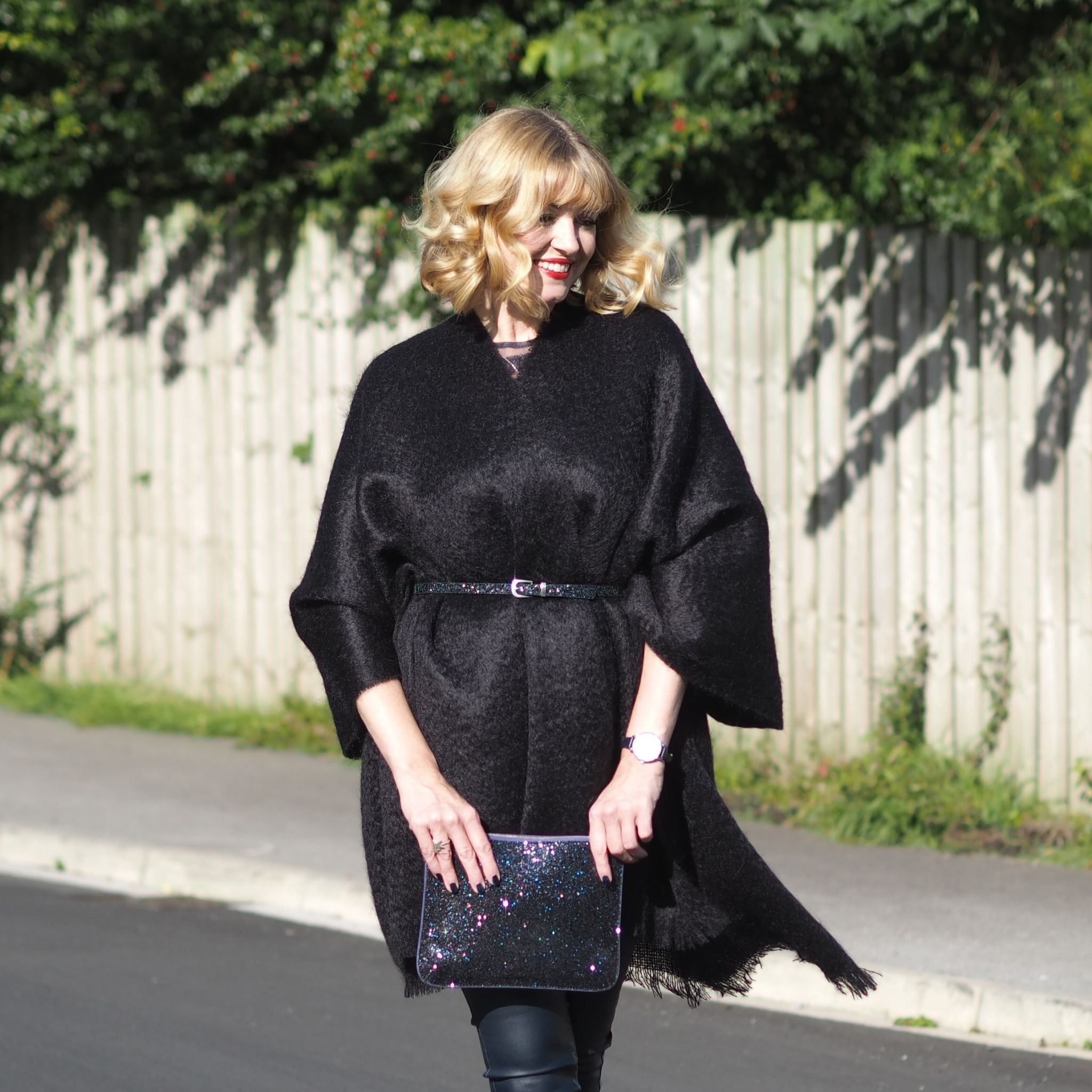 what-lizzy-loves-black-mohair-serape-belt