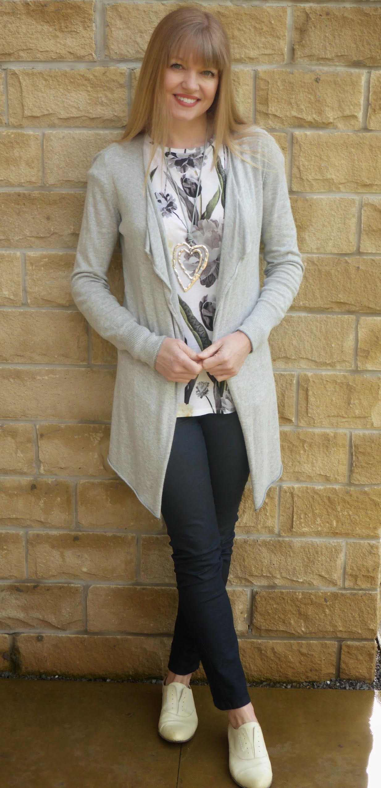 what-lizzy-loves-how-to-style-brogues-cropped-grey-jeans