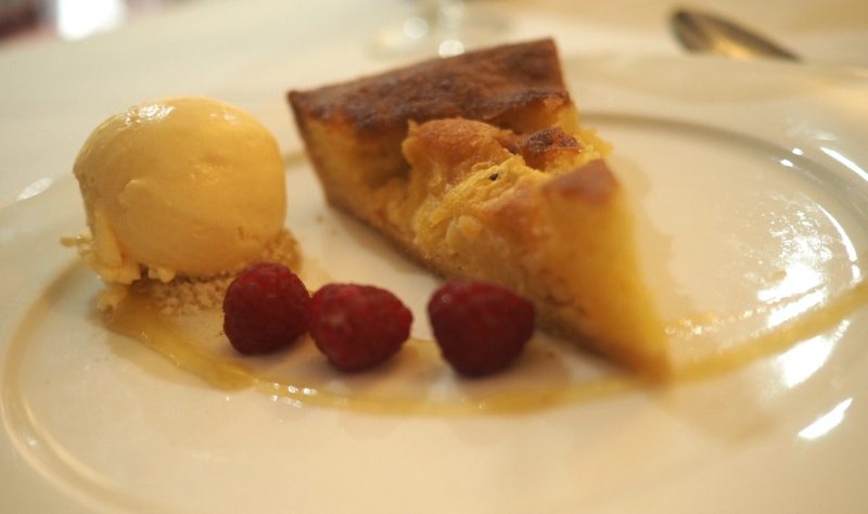 what lizzy loves bank House Hotel review pineapple Bakewell