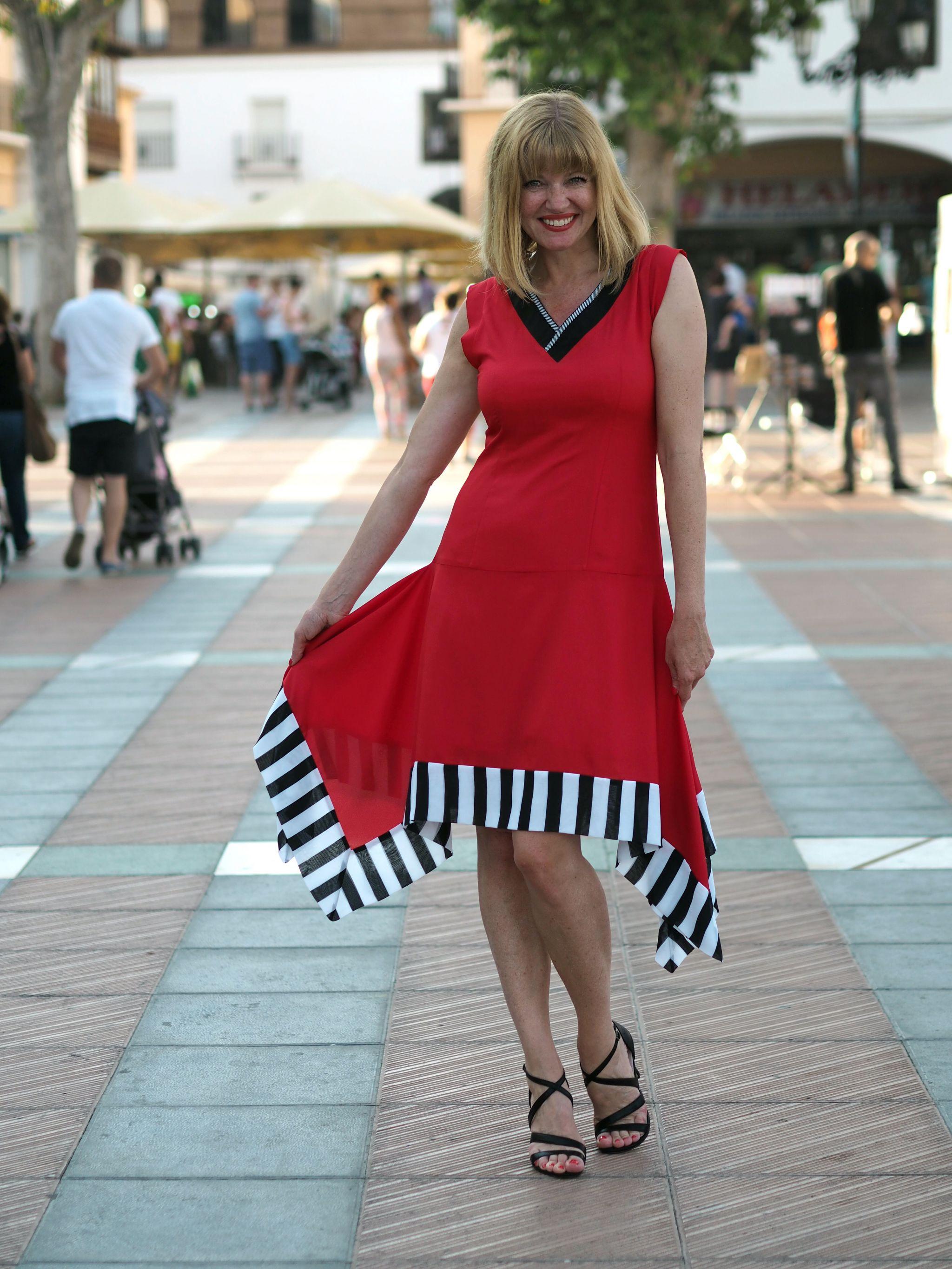 what-lizzy-loves-red-Lagom-Allegra=contrast-hem-dress-nerja