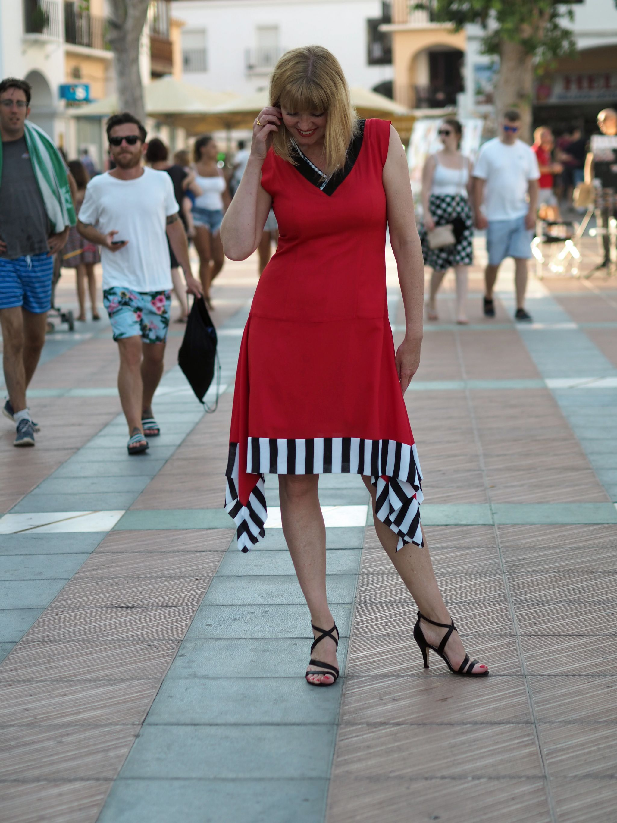 what-lizzy-loves-red-lagom-allegra-contrast-hem-dress-sandals-nerja-contrasthem
