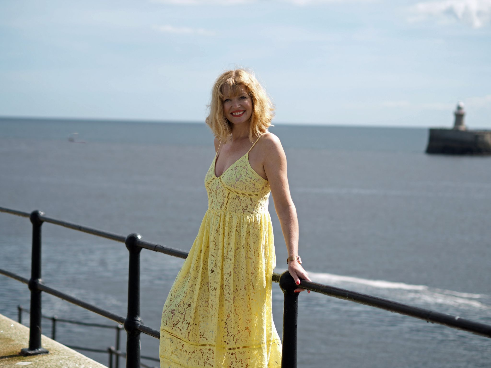 what-lizzy-loves-yellow-lace-midi-dress-yellowlacedress-tynemouth-north-pier