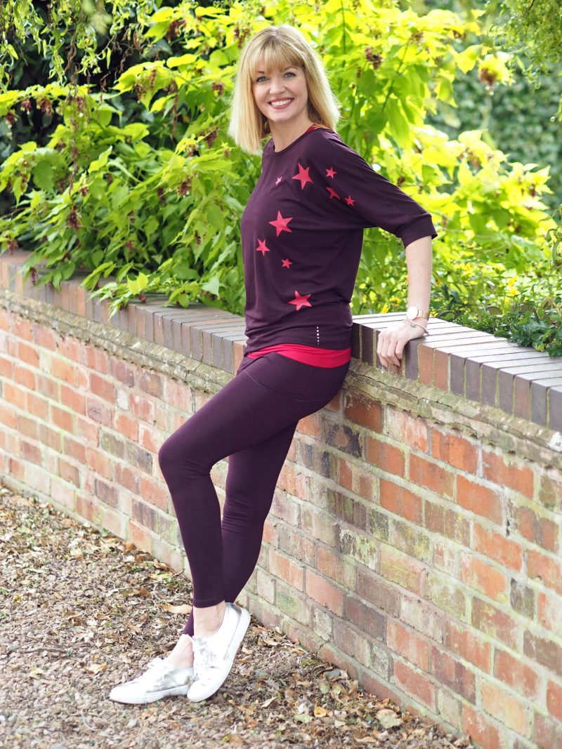 What-Lizzy-loves-bamboo-yoga-clothes-crossover-vesT-leggings-star-top