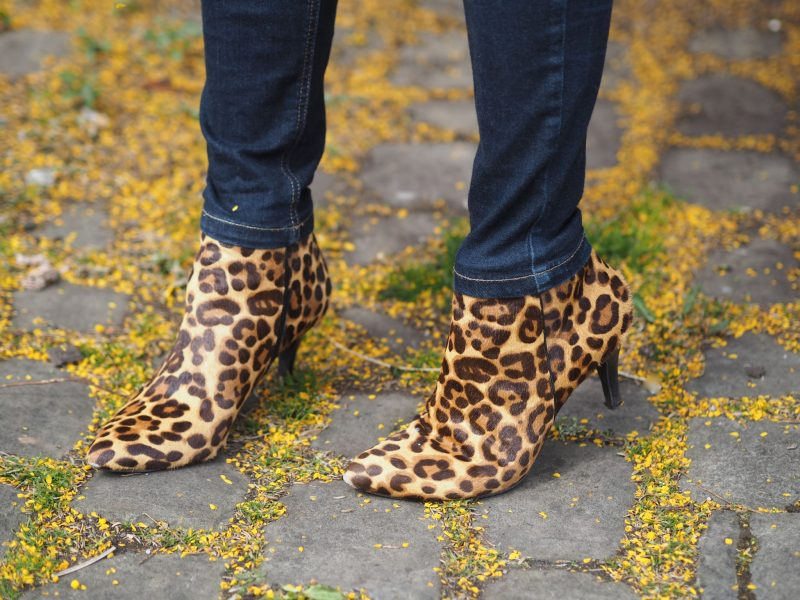 what-lizzy-loves-how-to-style-high-heeled-ankle-boots-skinny-jeans