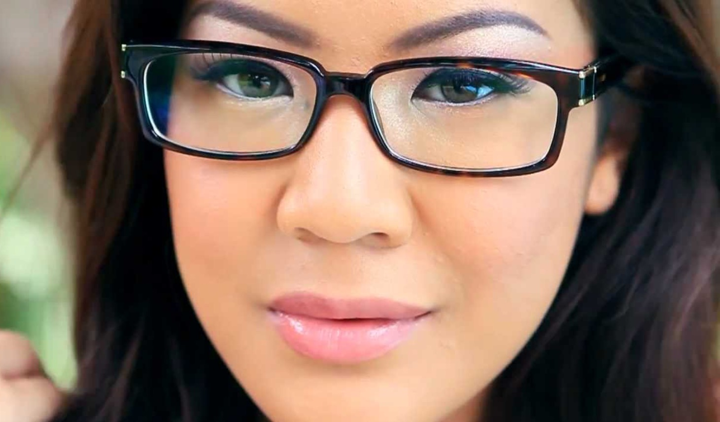 Makeup Tips For Spectacle Wearers Five Simple Steps What Lizzy Loves