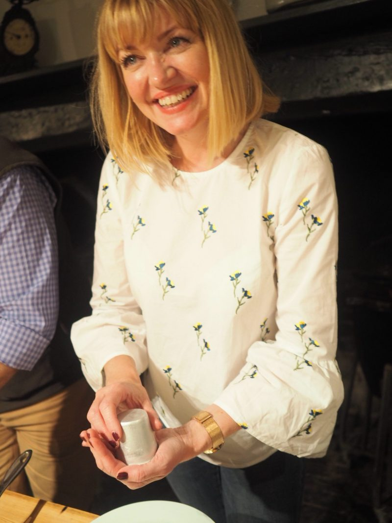 what-lizzy-loves-River-Cottage-panna-cotta-turning-out