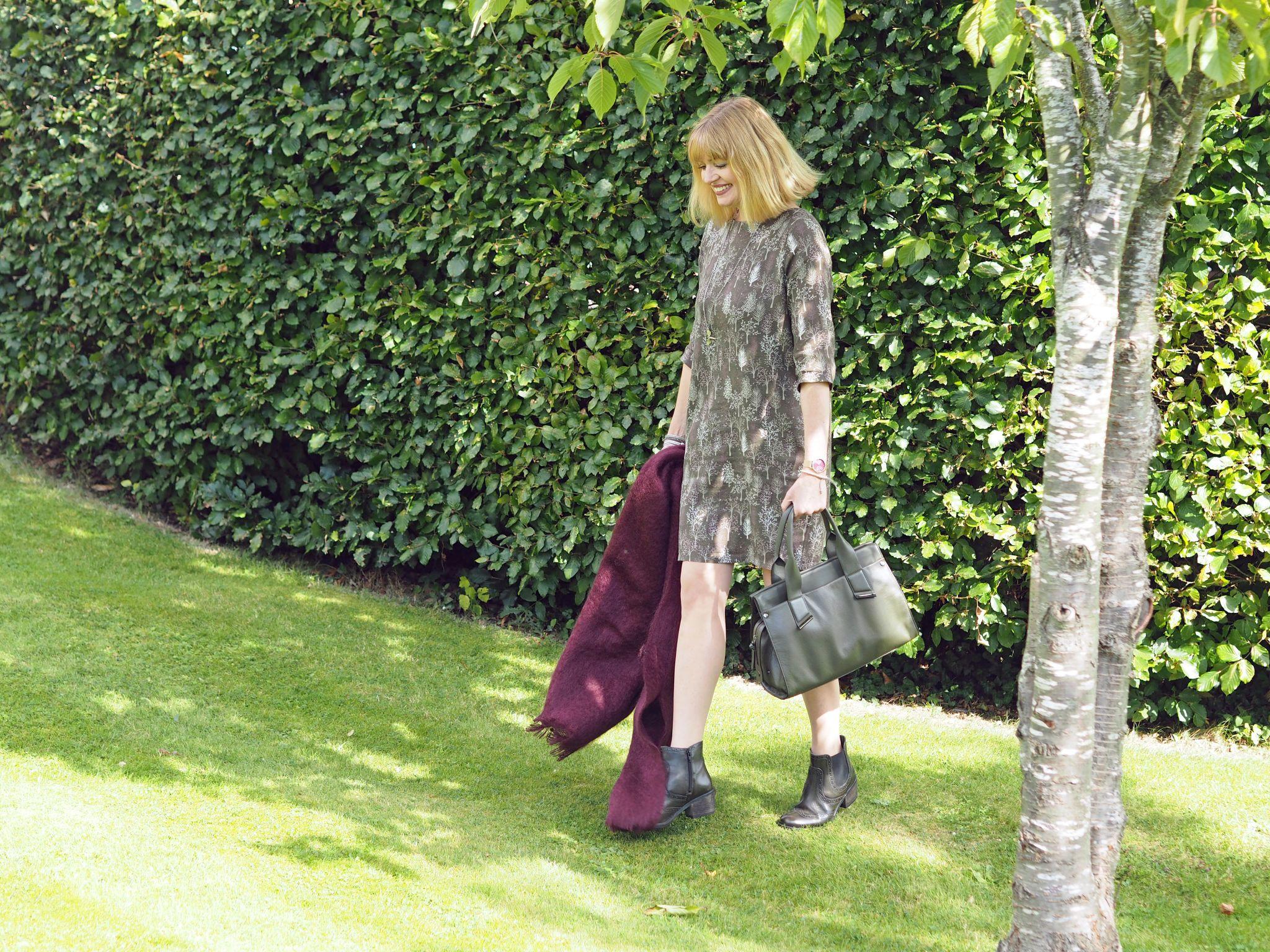 what lizzy loves khaki tunic dress leather handbag mohaor serape