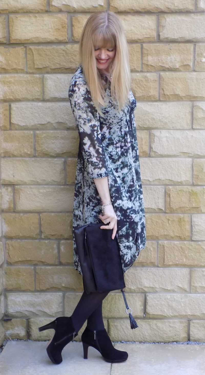 what-lizzy-loves-style-high-heeled-ankle-boots-floral-dress