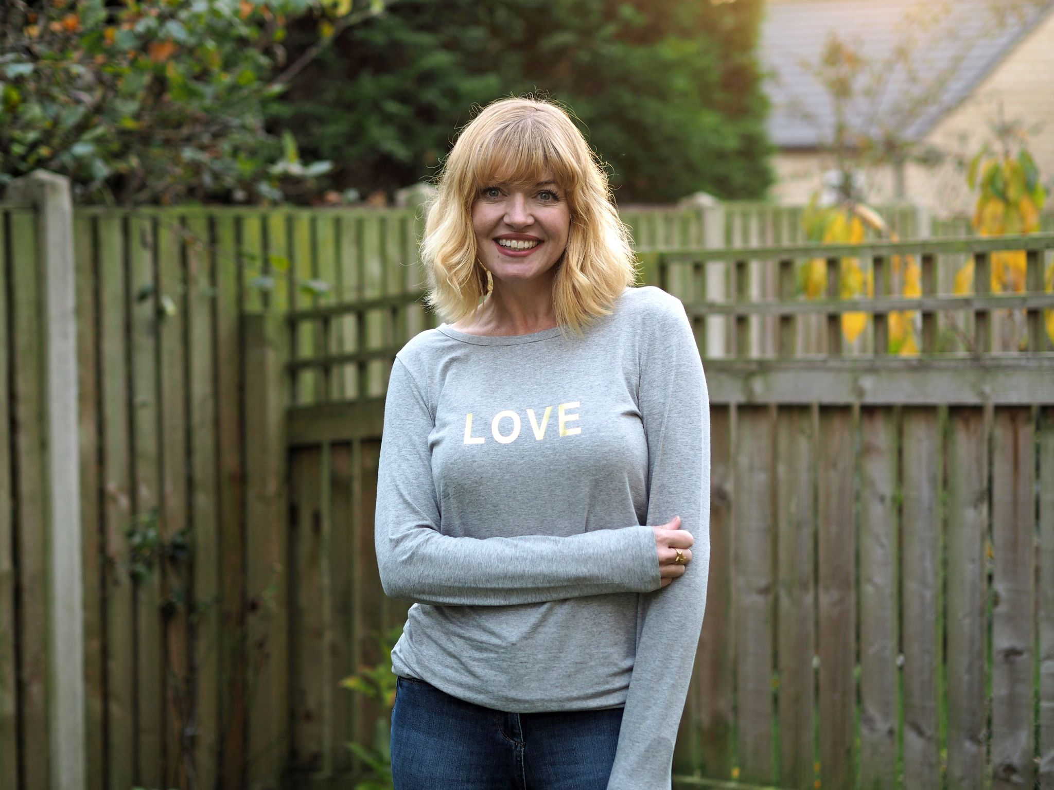 what lizzy loves autumn outfit grey love slogan tee