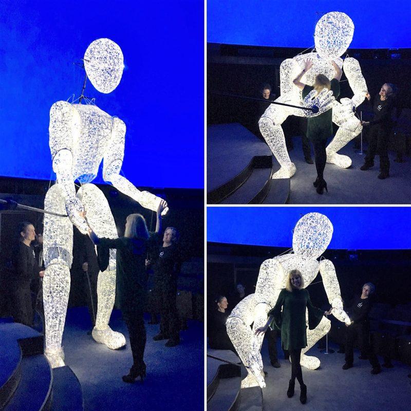 what lizzy loves future of optics berlin planetarium light man sculpture