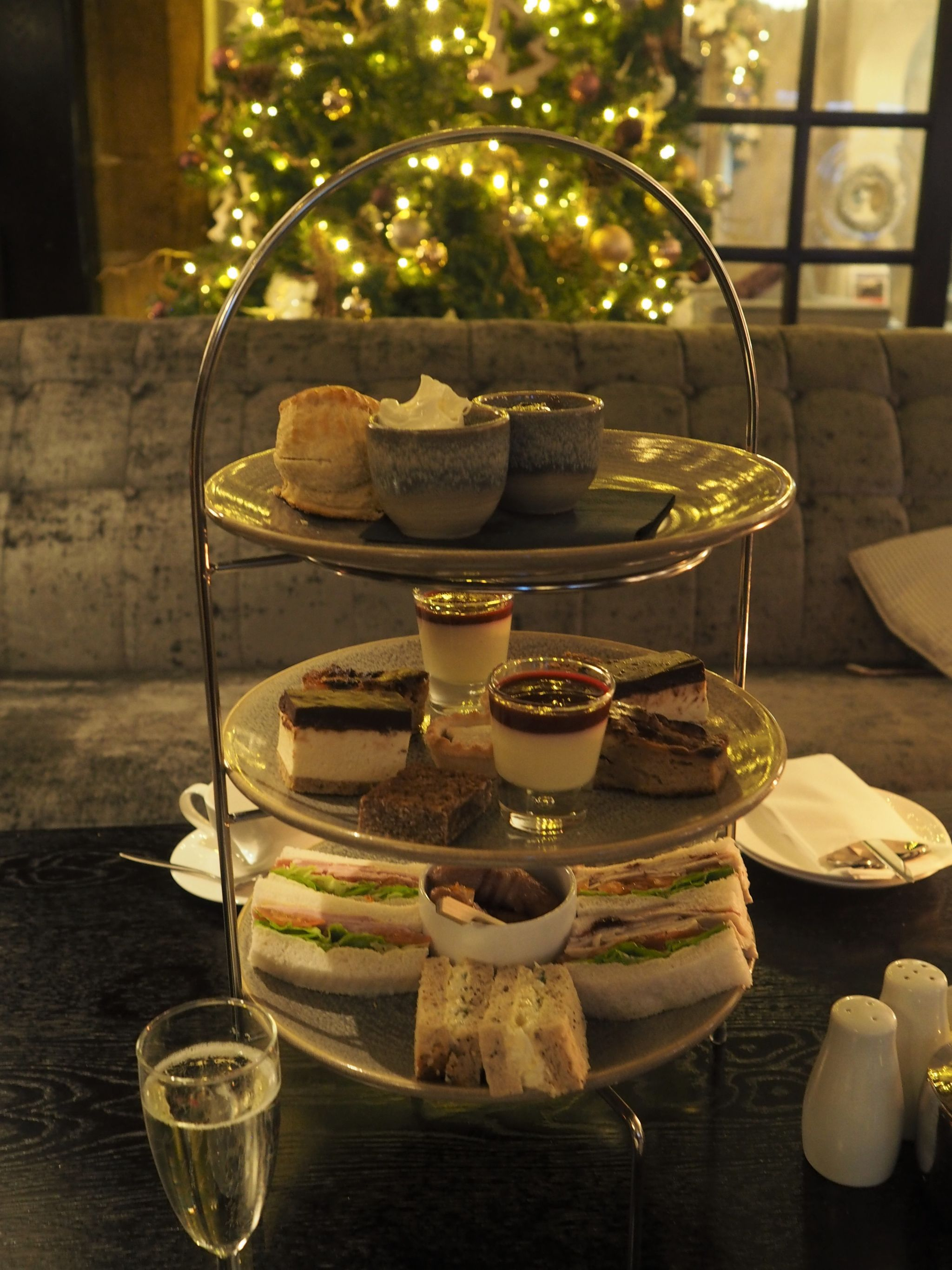 what Lizzy Loves festive afternoon tea stirk house