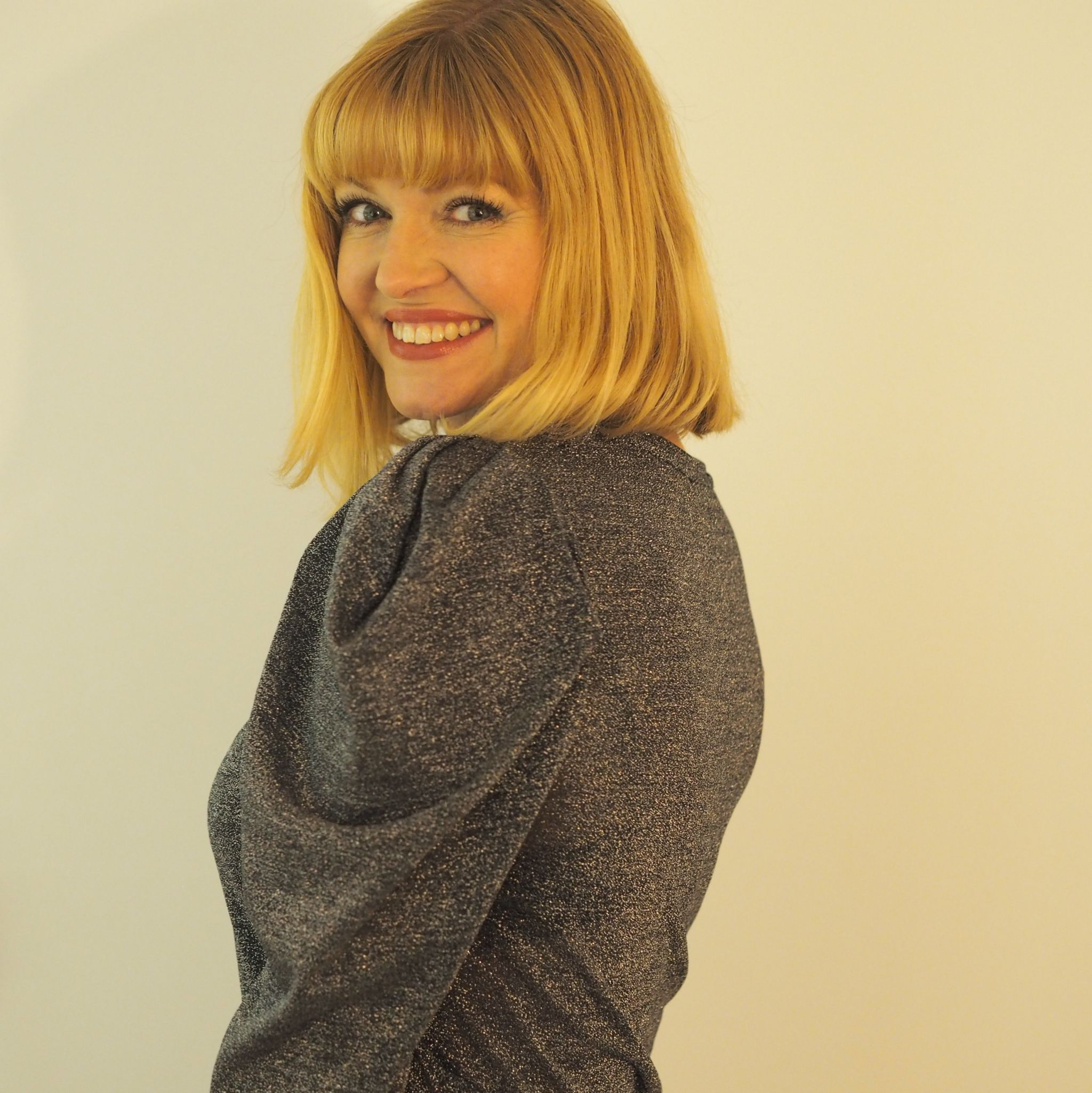 What Lizzy Loves grey metallic sparkly top