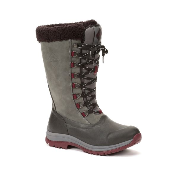 What Lizzy Loves Arctic Muck Boots