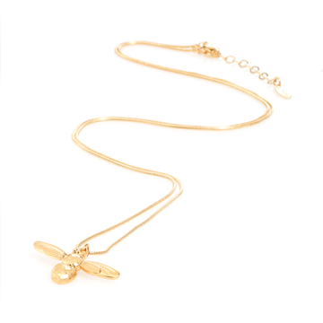 What-Lizzy-Loves-danon-Honey-Bee-Necklace