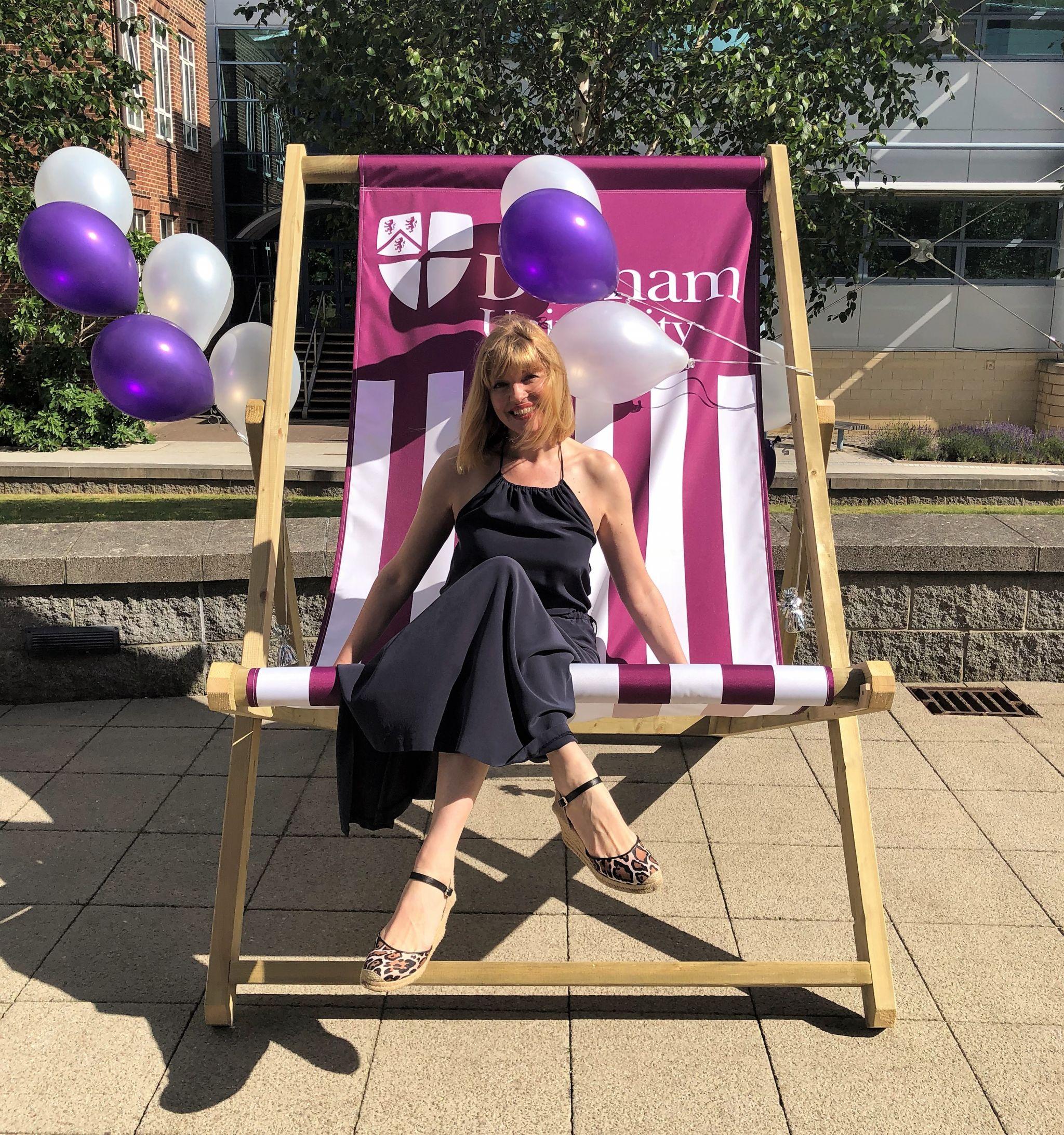 Durham uni giant deckchair