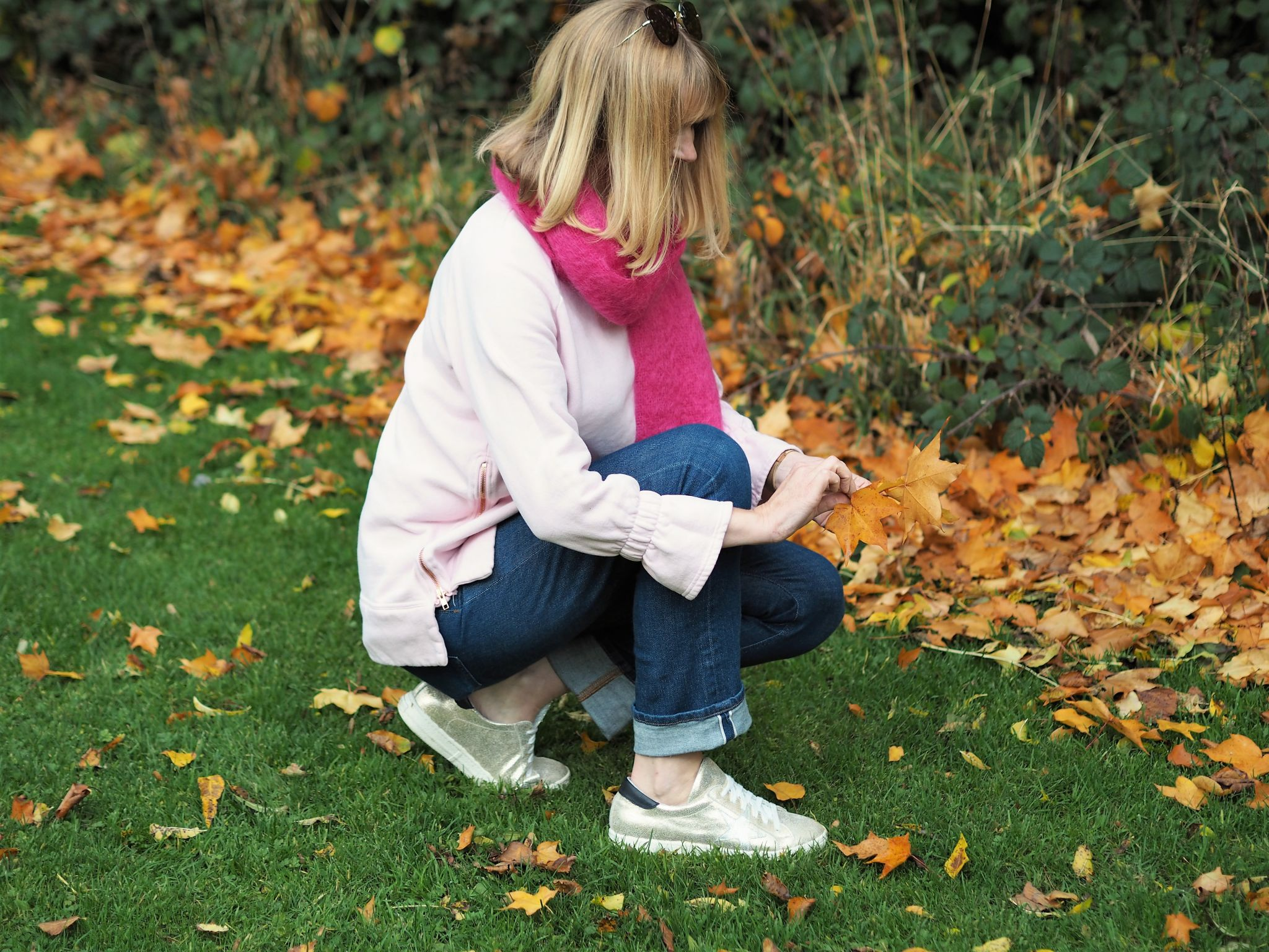 what Lizzy loves pink outfit collecting leaves
