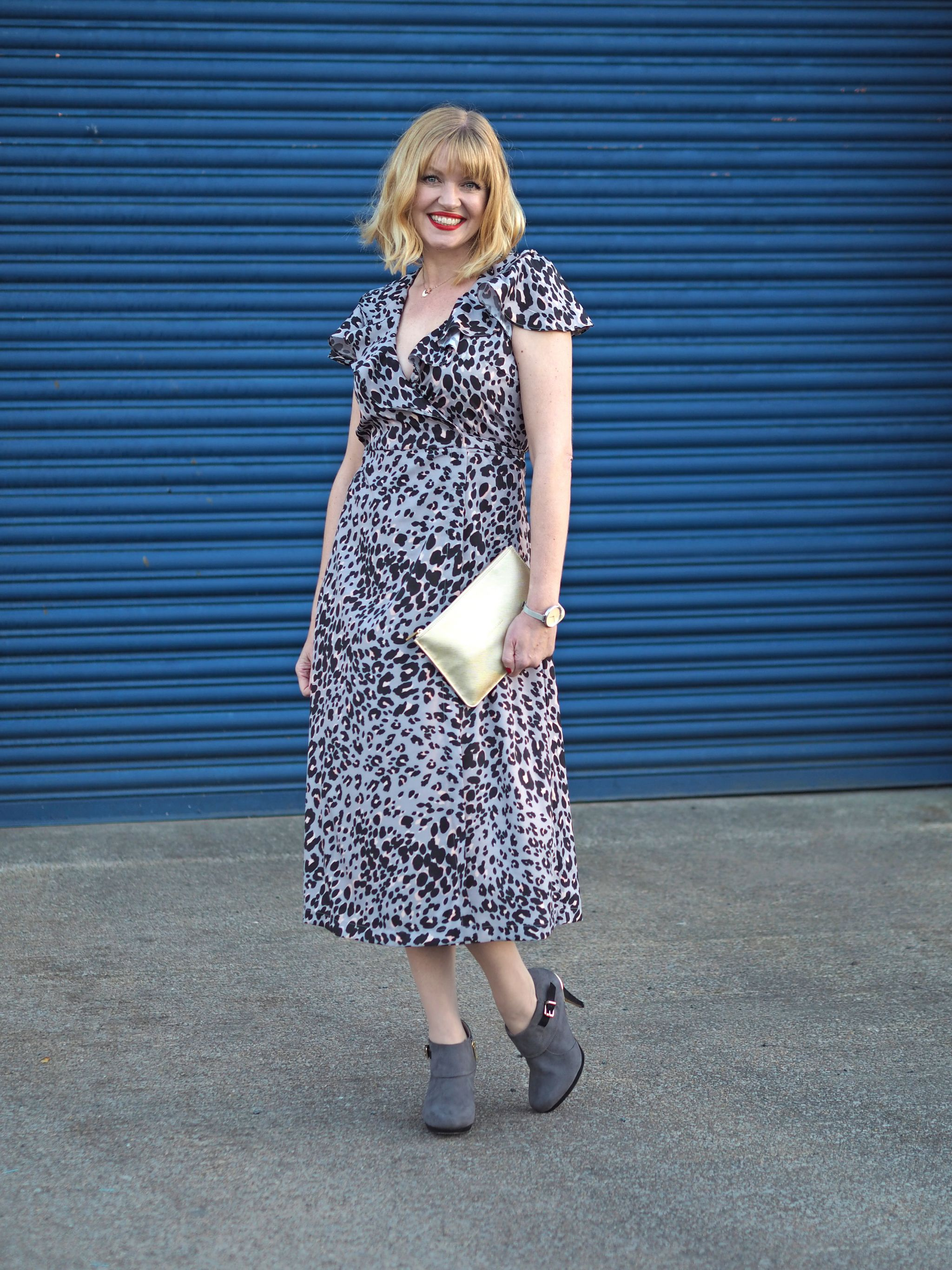 lily and lionel grey leopard wrap dress grey boots