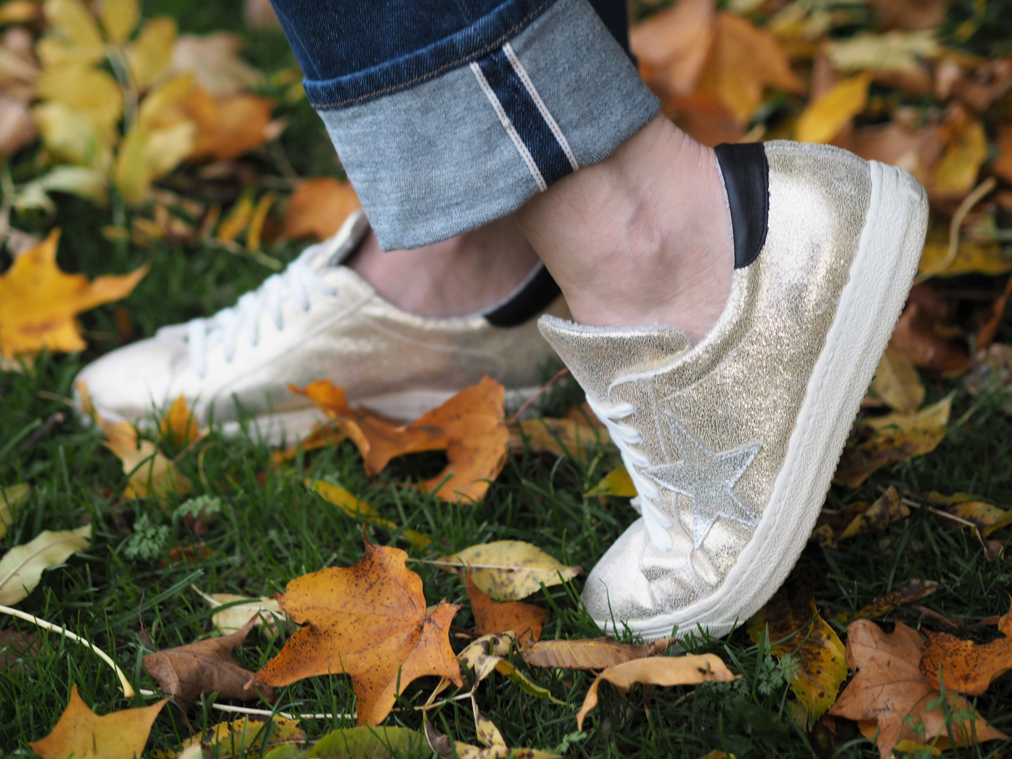 what Lizzy loves gold star trainers
