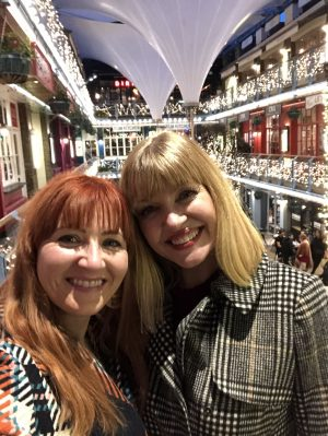 Lizzy and Catherine selfie girly trip to London