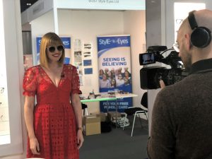 100% Optical 2019 Elizabeth Yeowart What Lizzy Loves Filming For Optometry Today