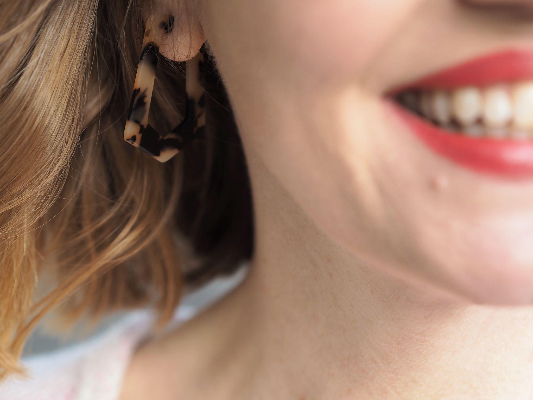 Tortoiseshell effect earrings