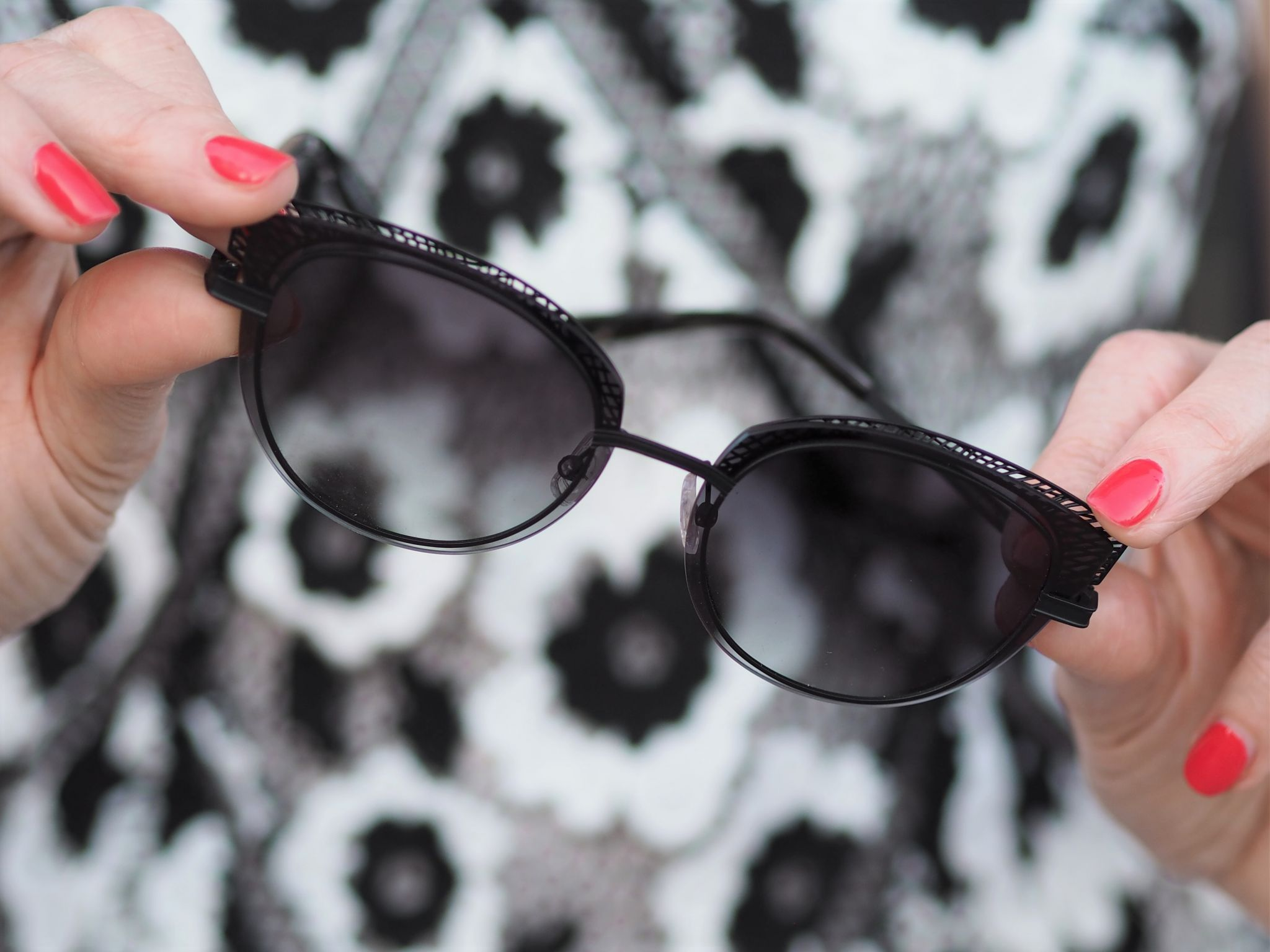 self portrait black and white dress black cat eye sunglasses