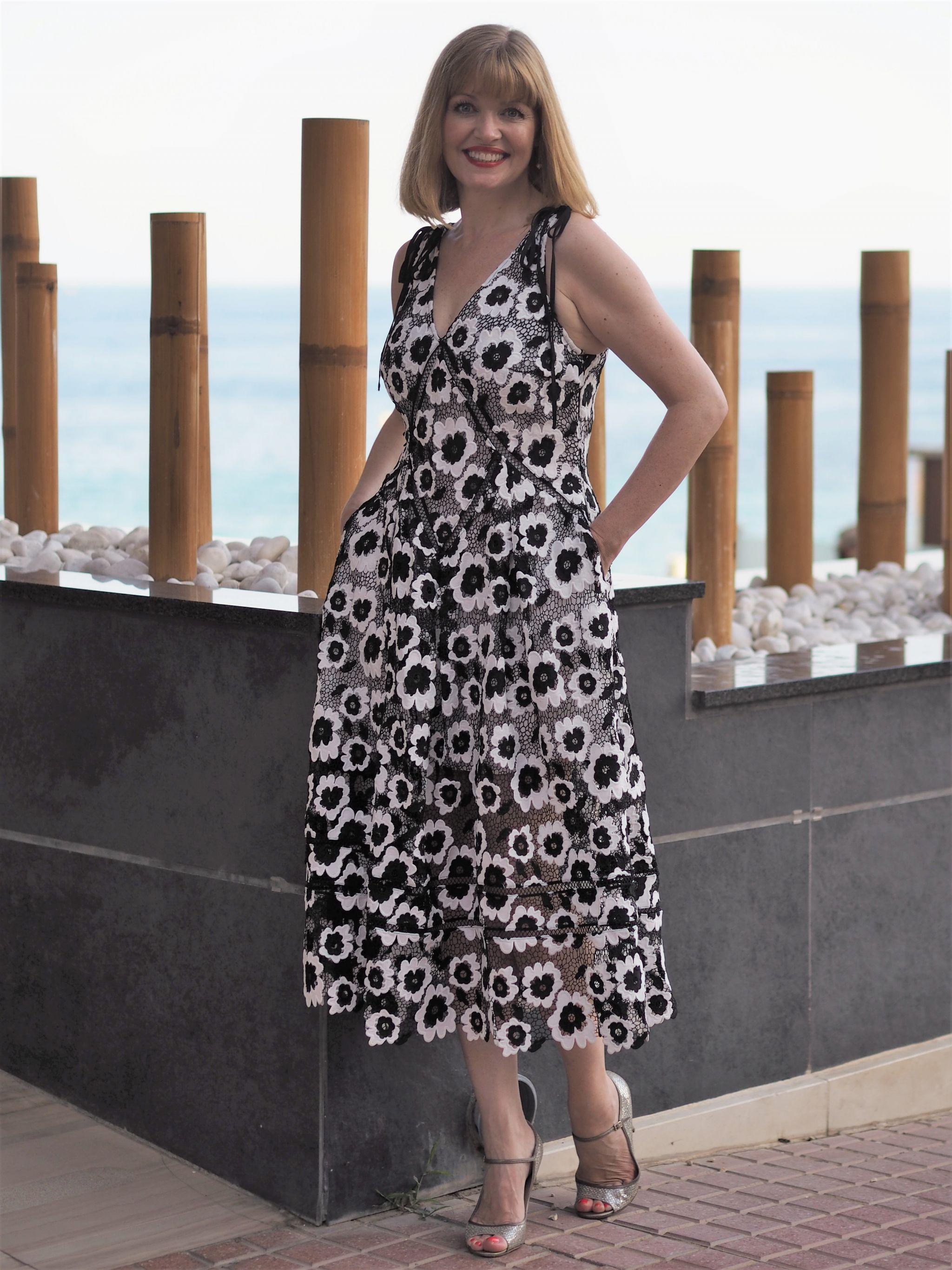self portrait black and white dress abiss restaurant calpe